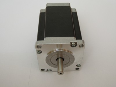 Schrittmotor der Eigenbau CNC Fräse