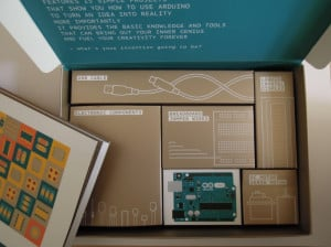 Arduino Starter Kit - alle Komponenten sind in eigene Schachteln verpackt