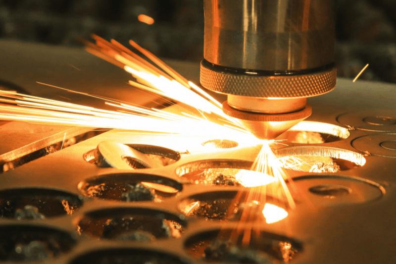 Metall Laserzuschnitt